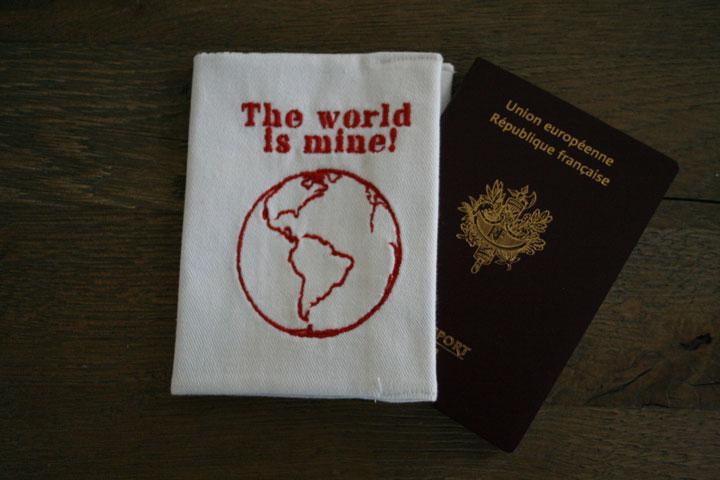 cazamarmaille-etui-passeport-world-is-mine-rouge-plan-londres-ferme-web