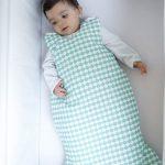 Cazamarmaille-gigoteuse-sirène-turquoise-avec-bebe