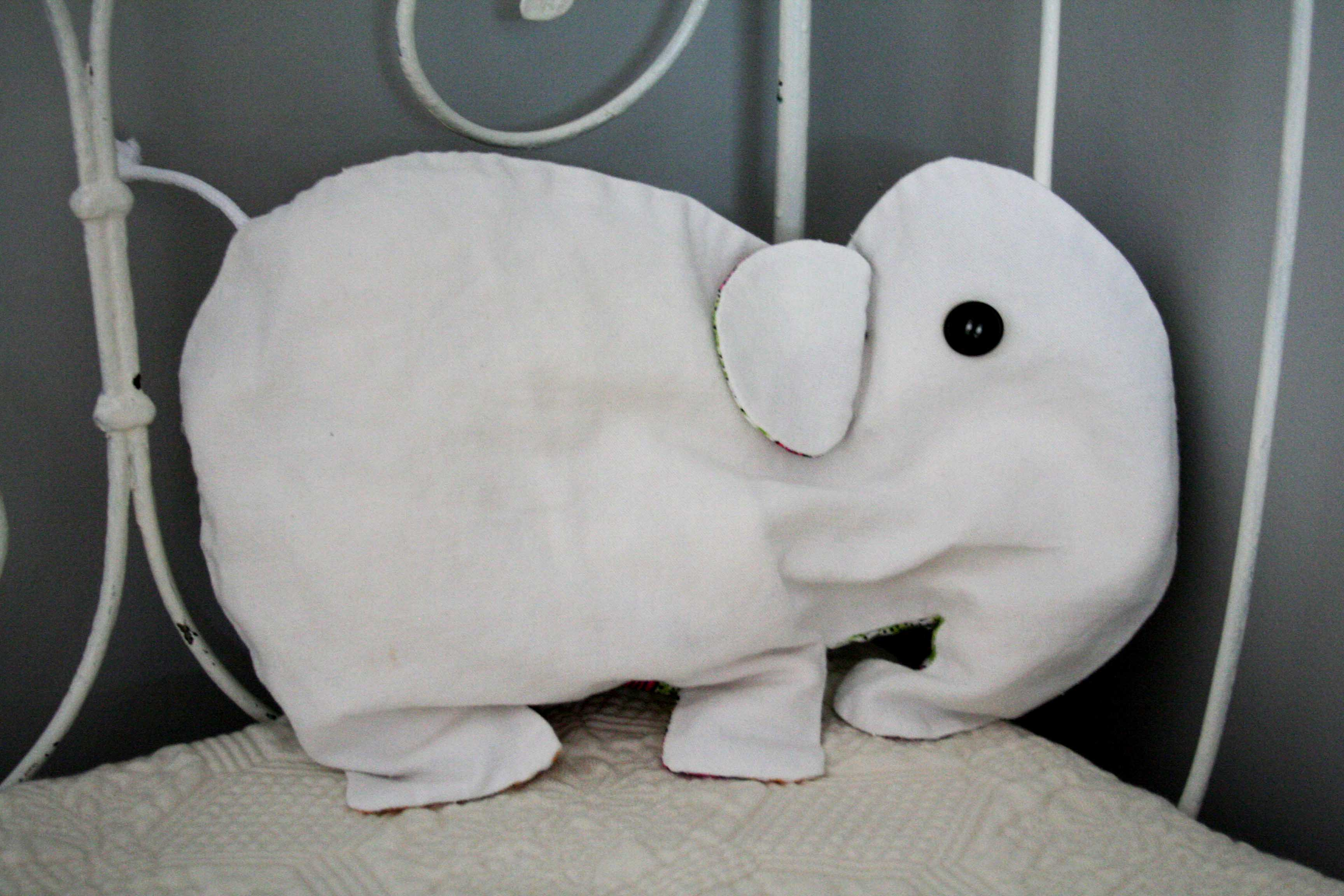 Range pyjama alban l 39 l phant - Pyjama elephant ...