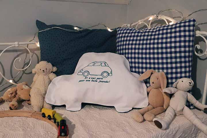 Cazamarmaille range pyjama voiture broderie bleu pétrole