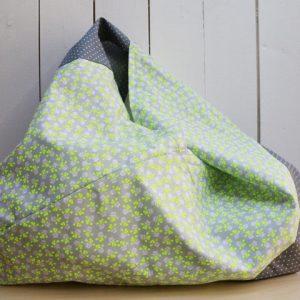 Cazamarmaille-sac-japonais-bicolore-gris-et-jaune-fluo-posé1