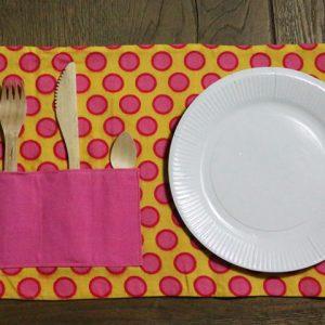 Cazamarmaille-kit-pique-nique-rose-et-jaune-ouvert-web