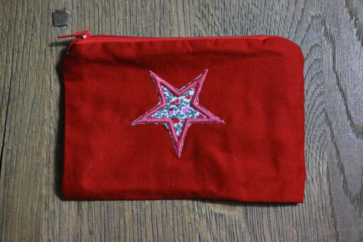 Cazamarmaille-porte-monnaie-rouge-etoile-fleur