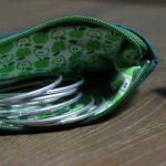 Cazamarmaille-porte-monnaie-vert-etoile-pomme-ouvert