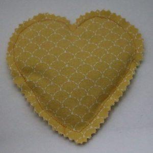 Cazamarmaille-bouillotte-sèche-écaille-jaune-moutarde