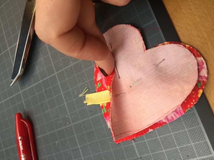 Cazamarmaille tuto porte clés coeur Saint Valentin Photo 4