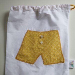 Cazamarmaille-sac-sous-vetement-garçon-caleçon-jaune