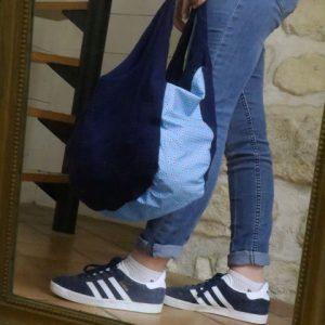 Cazamarmaille-sac-fidele-bleu-marine-pois-rouges