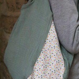 Cazamarmaille-sac-fidele-vert-pastel-confetti-miel-rose-et-bleu