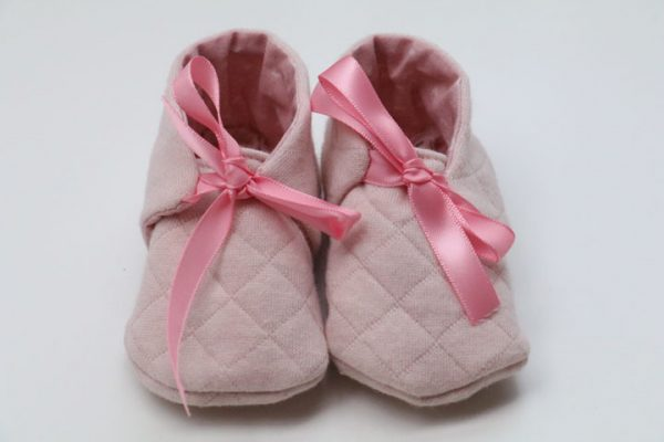 Cazamarmaille-chaussons-rose-pastel-3